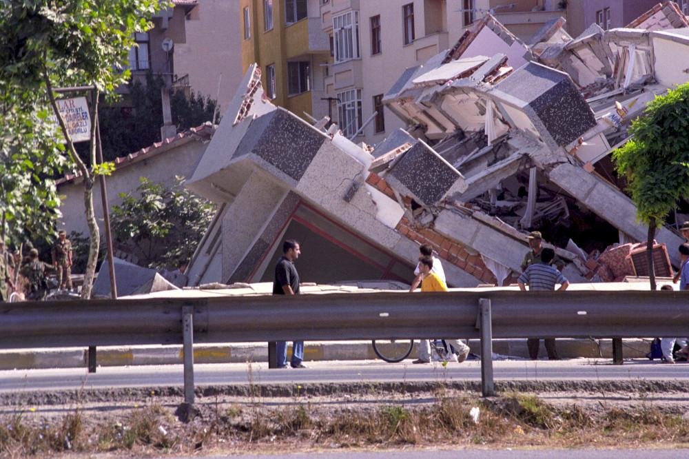 istanbul deprem marmara ibb tayfun kahraman