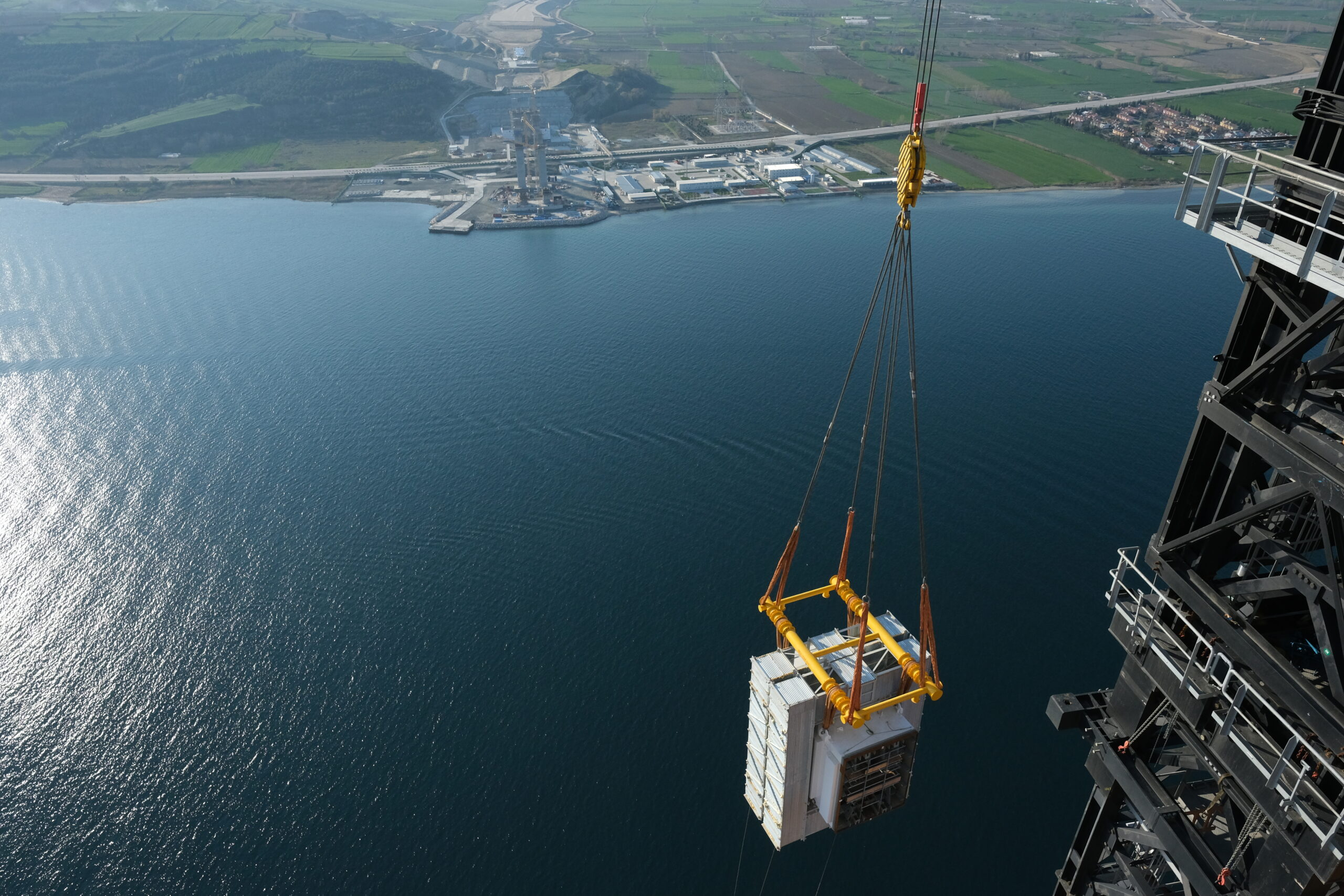 A section of the UCB being lifted 318m above the Canakkale Strait