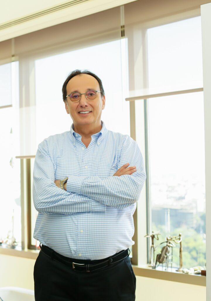 1622109590 Yorglass CEO su Semavi Yorganc lar