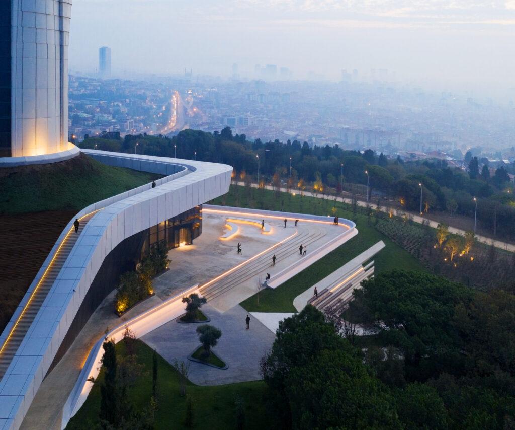 Istanbul TV ve Radyo Kulesi 5